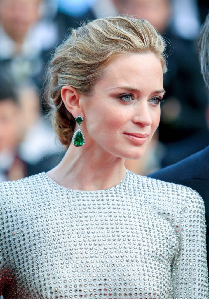 Emily Blunt Makeup Images