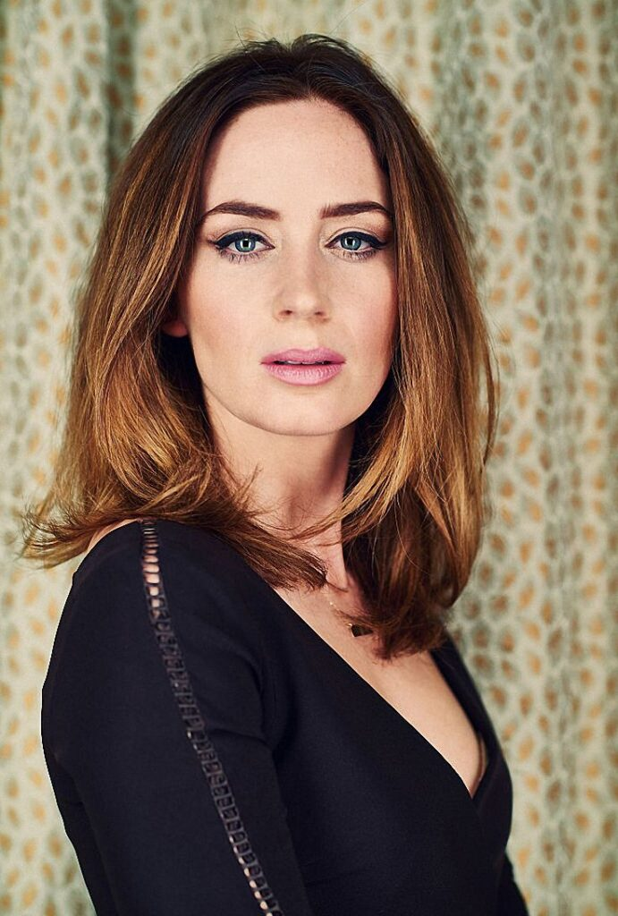 Emily Blunt Shorts Hair Images
