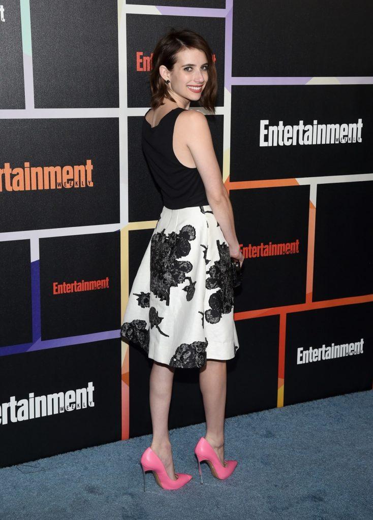 Emma Roberts Heals Wallpapers