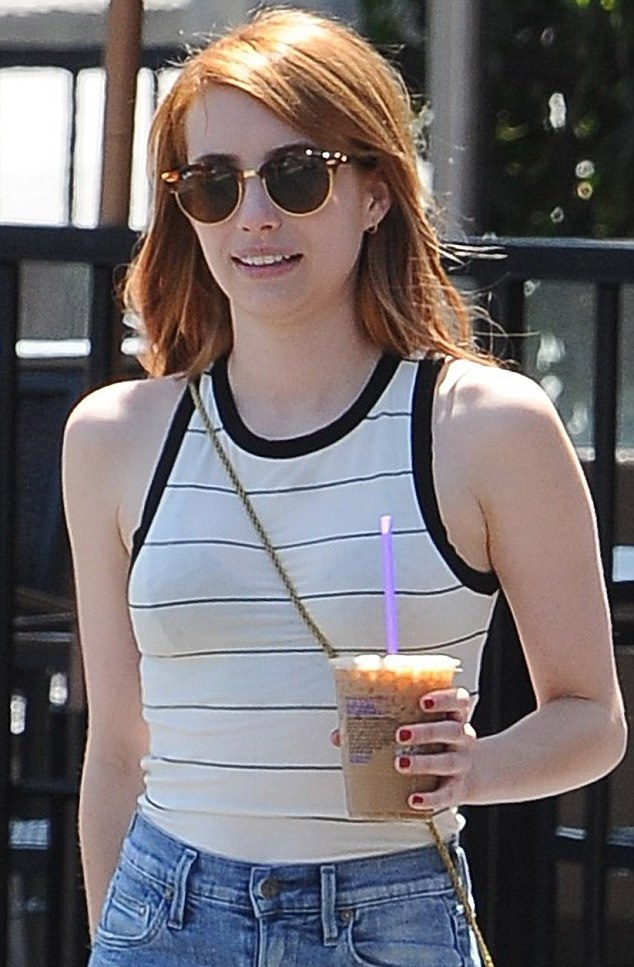 Emma Roberts Sexy Pictures