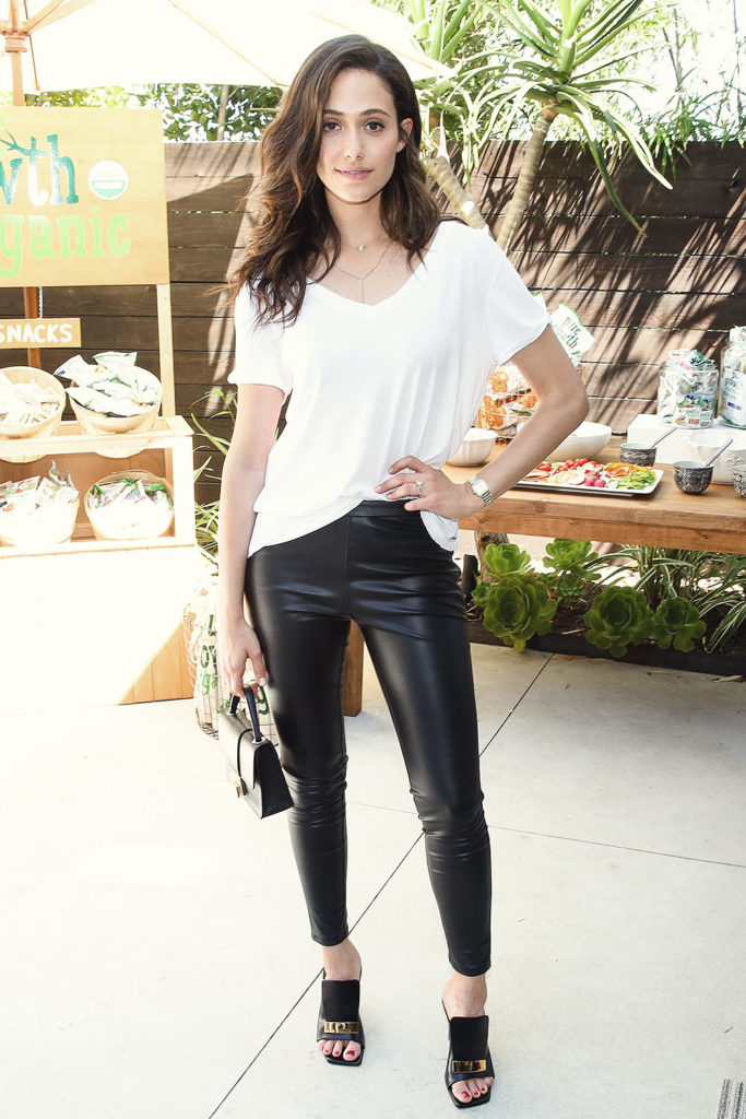 Emmy Rossum Jeans Wallpapers