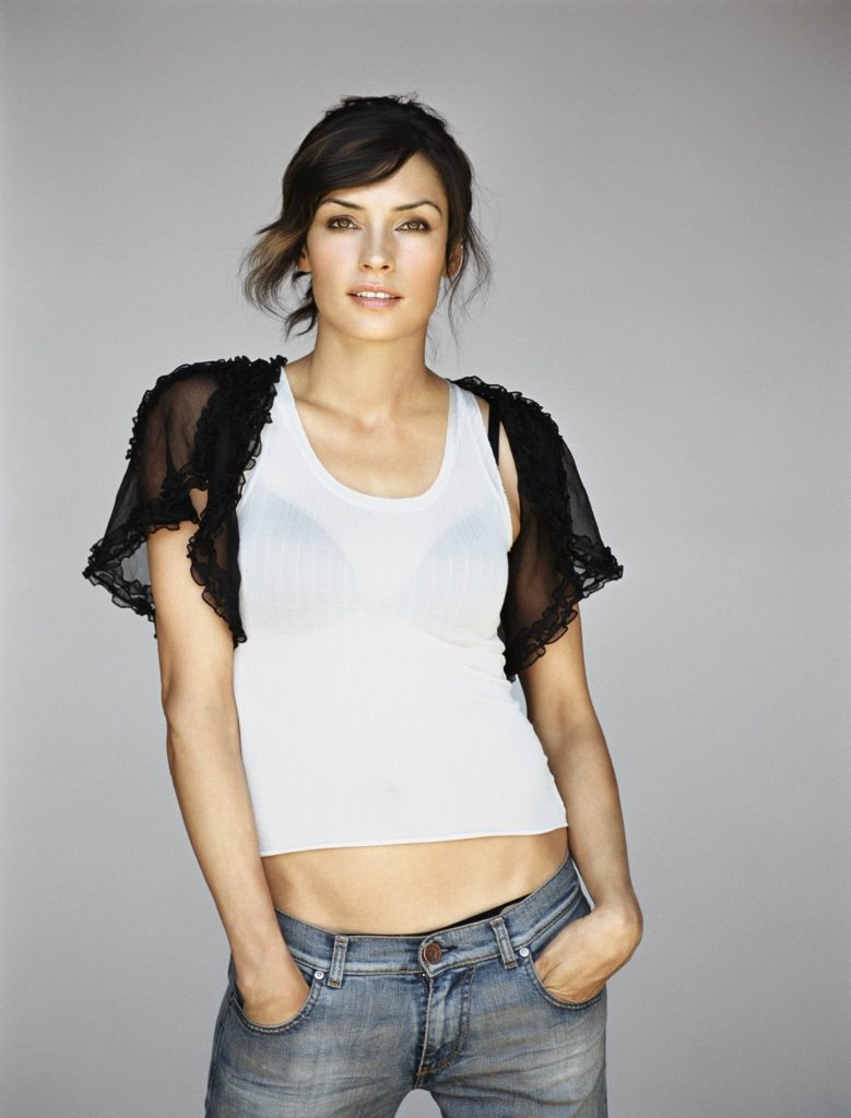Famke Janssen Navel Pictures