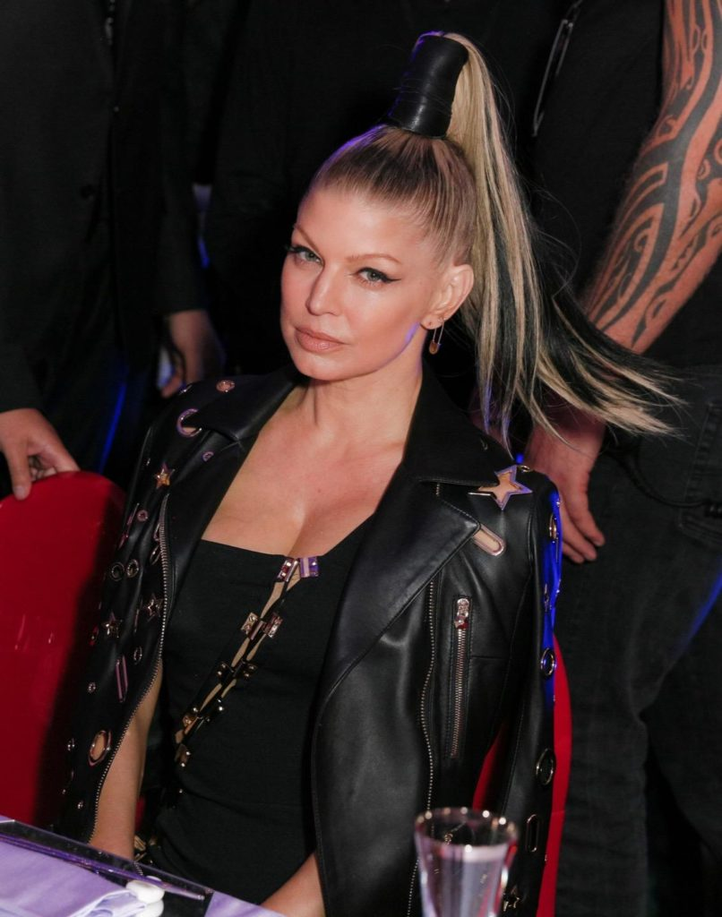 Fergie Topless Wallpapers