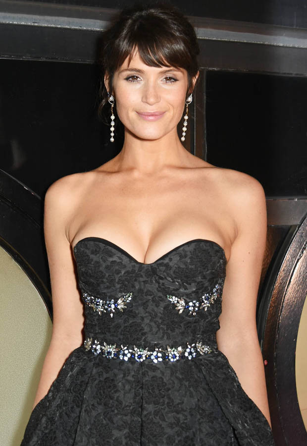 Gemma Arterton Boobs Pics