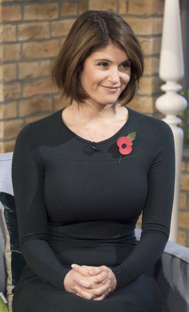 Gemma Arterton Short Hair Wallpapers