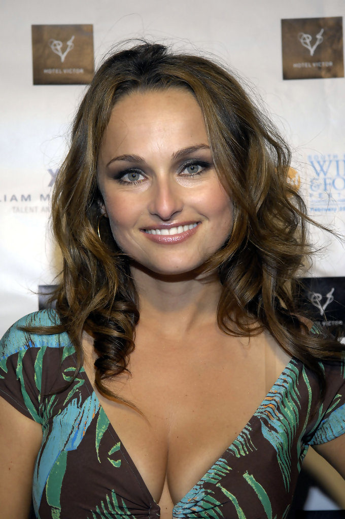 Giada De Laurentiis Boobs Photos