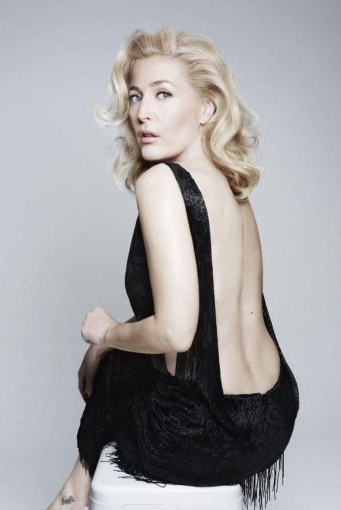 Gillian Anderson Backless Photos