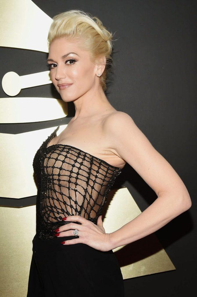 Gwen Stefani Topless Photos
