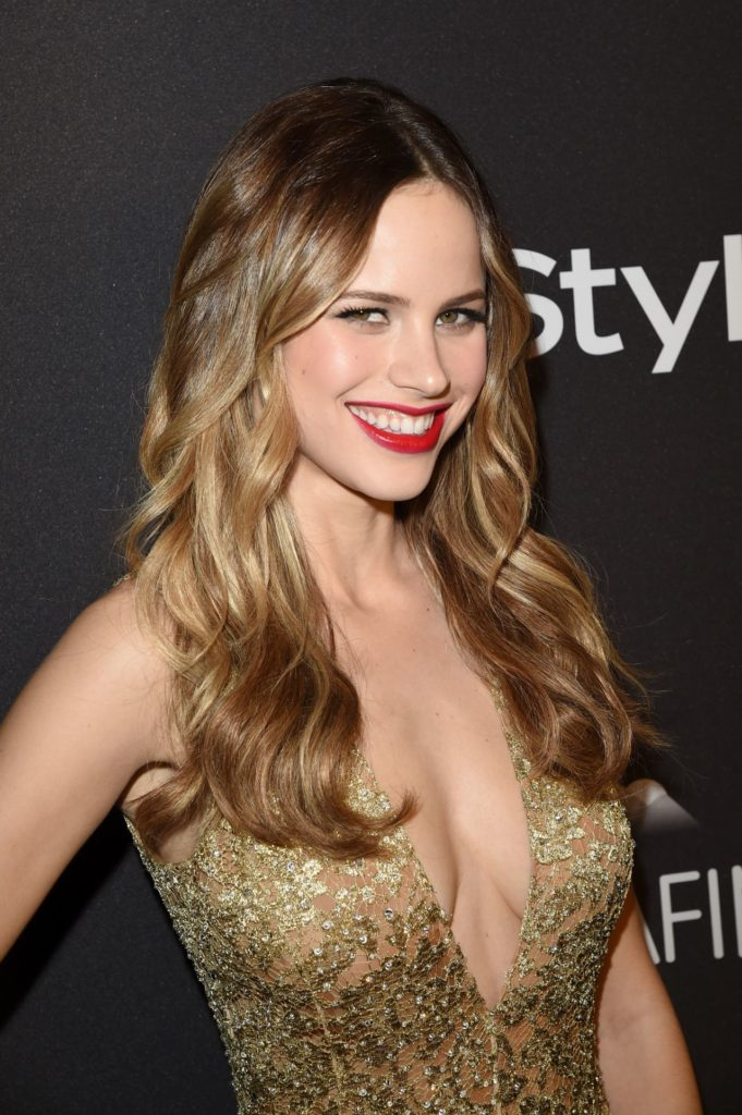 Halston Sage Sexy Photos