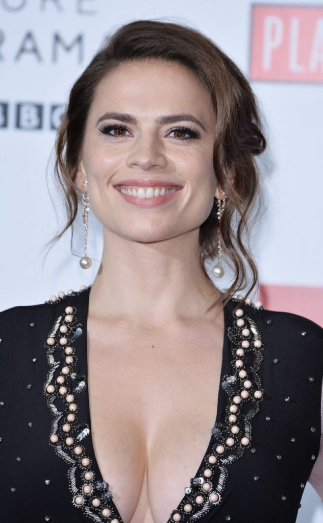 Hayley Atwell Braless Images