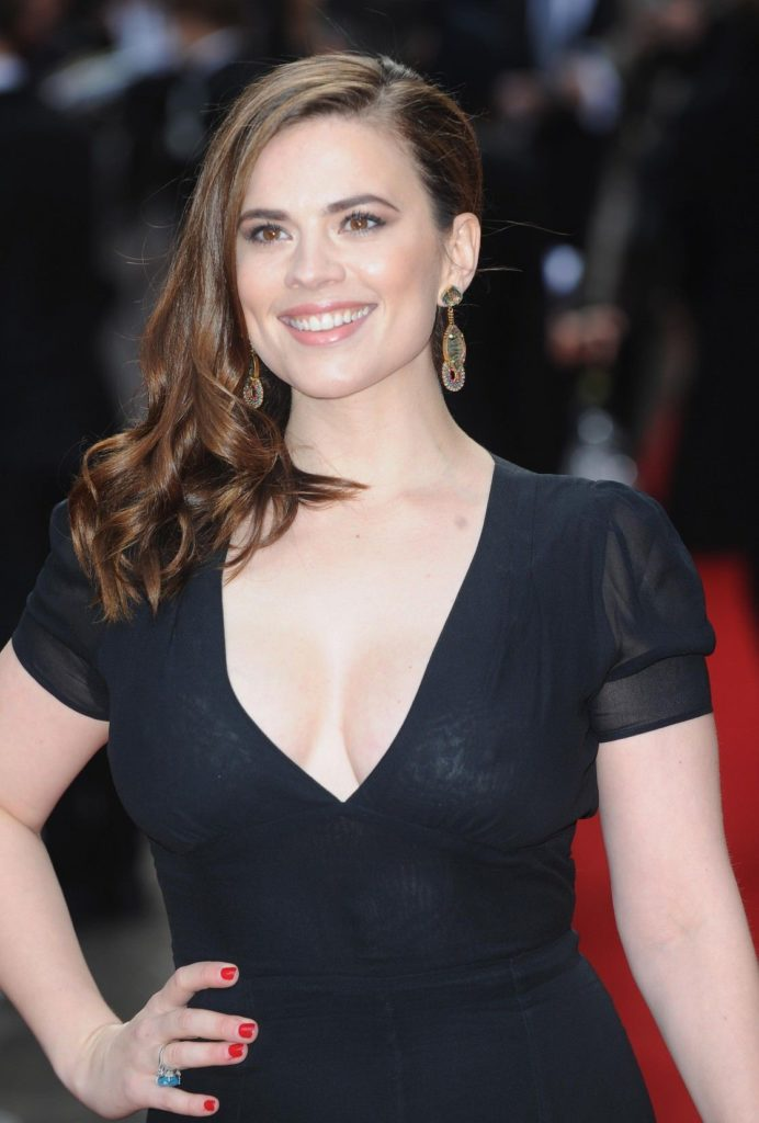 Hayley Atwell Oops Moment Wallpapers