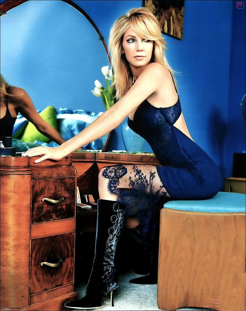 Heather Locklear Backless Images
