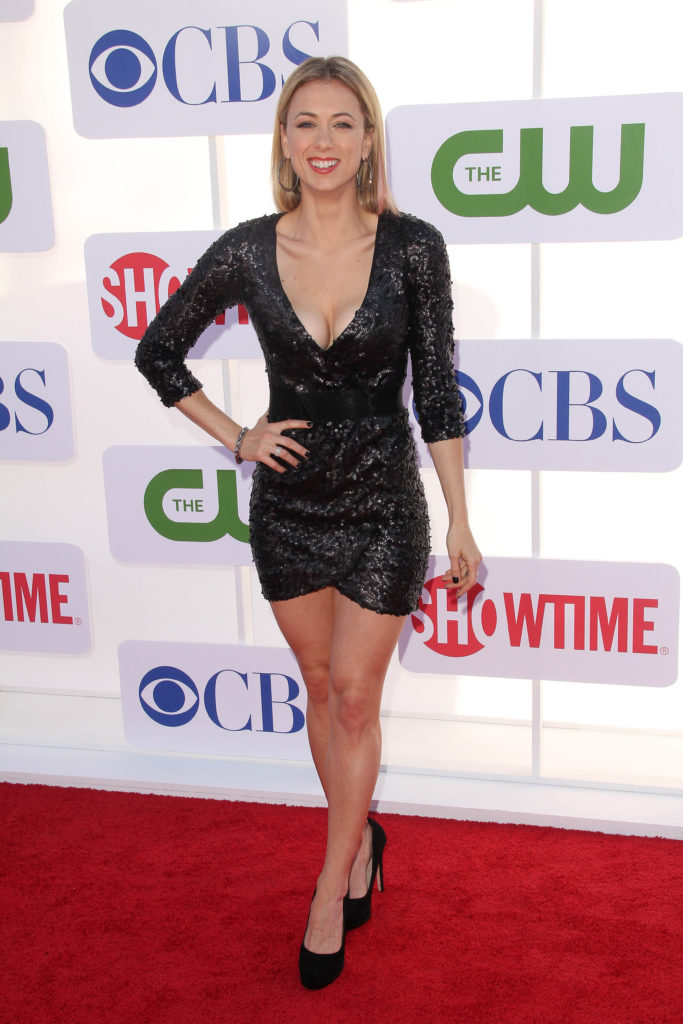 Iliza Shlesinger High Heals Wallpapers