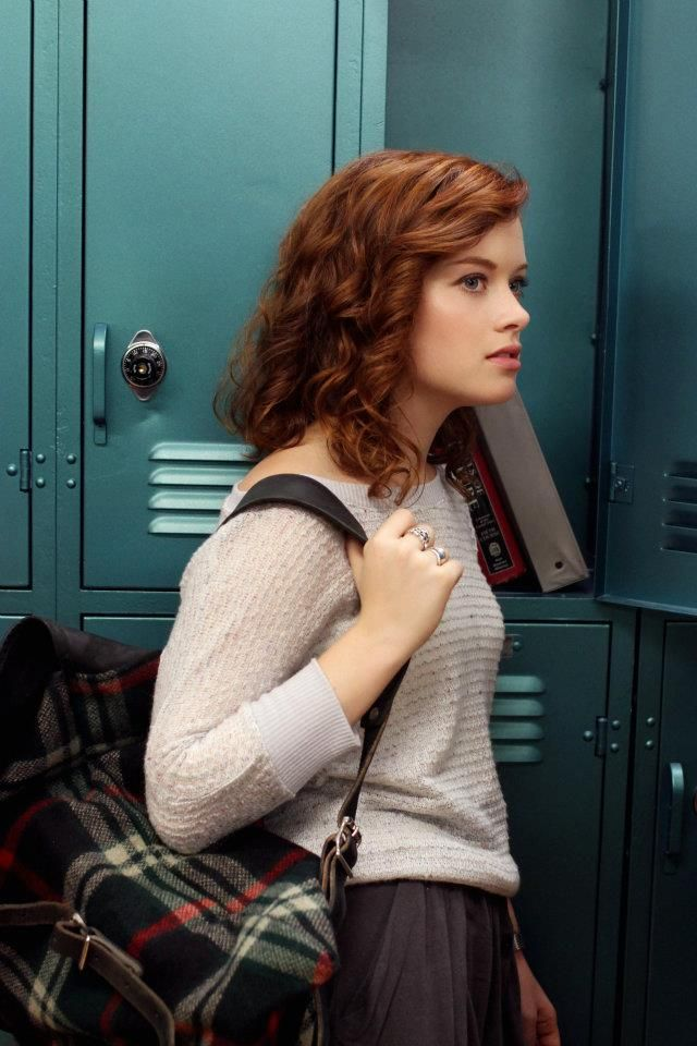 Jane Levy Jeans Images