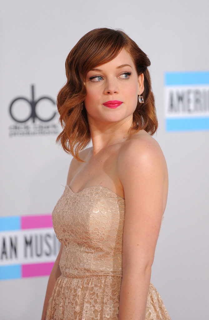 Jane Levy Leaked Photos