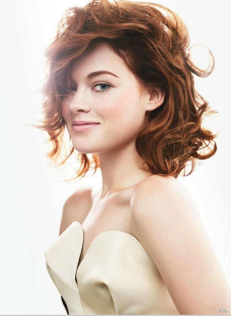 Jane Levy Sexy Images