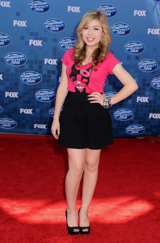 Jennette McCurdy Feet Images