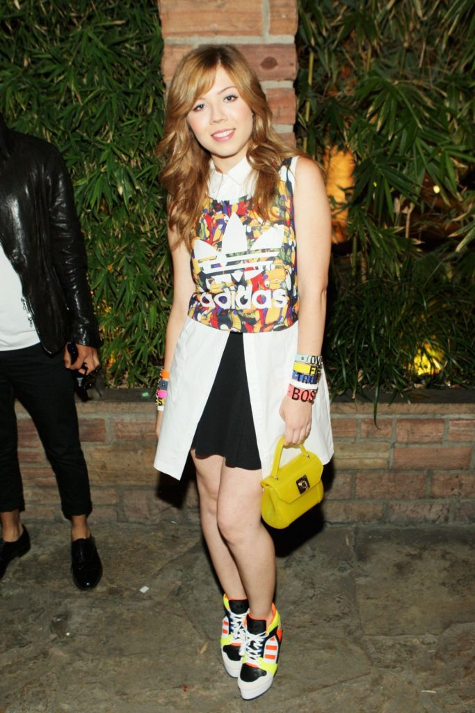 Jennette McCurdy Shorts Images
