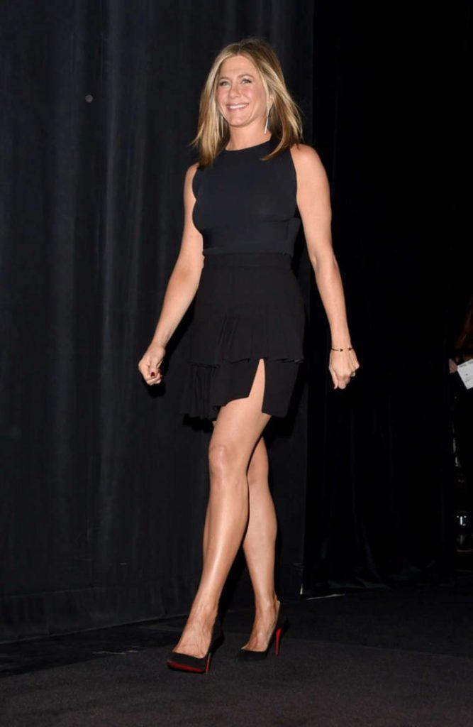 Jennifer Aniston Feet Pictures