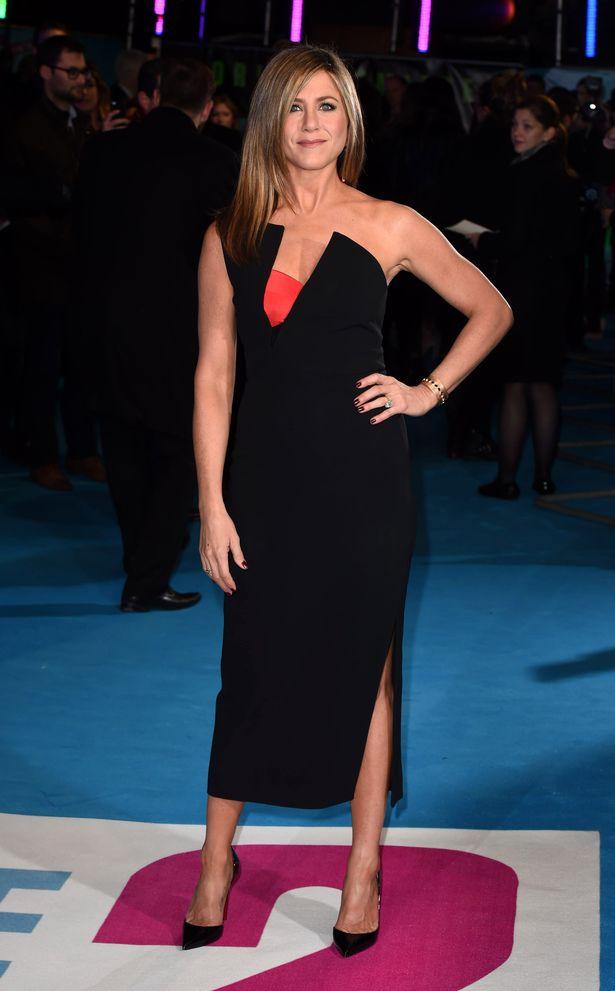 Jennifer Aniston Smile Face Photos