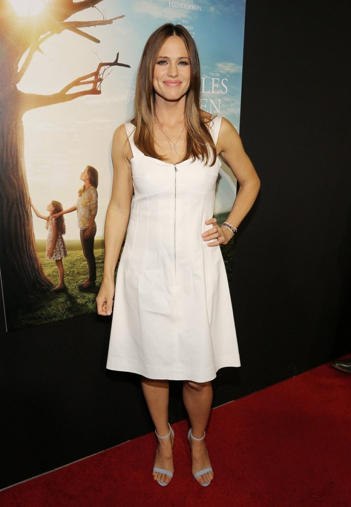 Jennifer Garner Feet Images