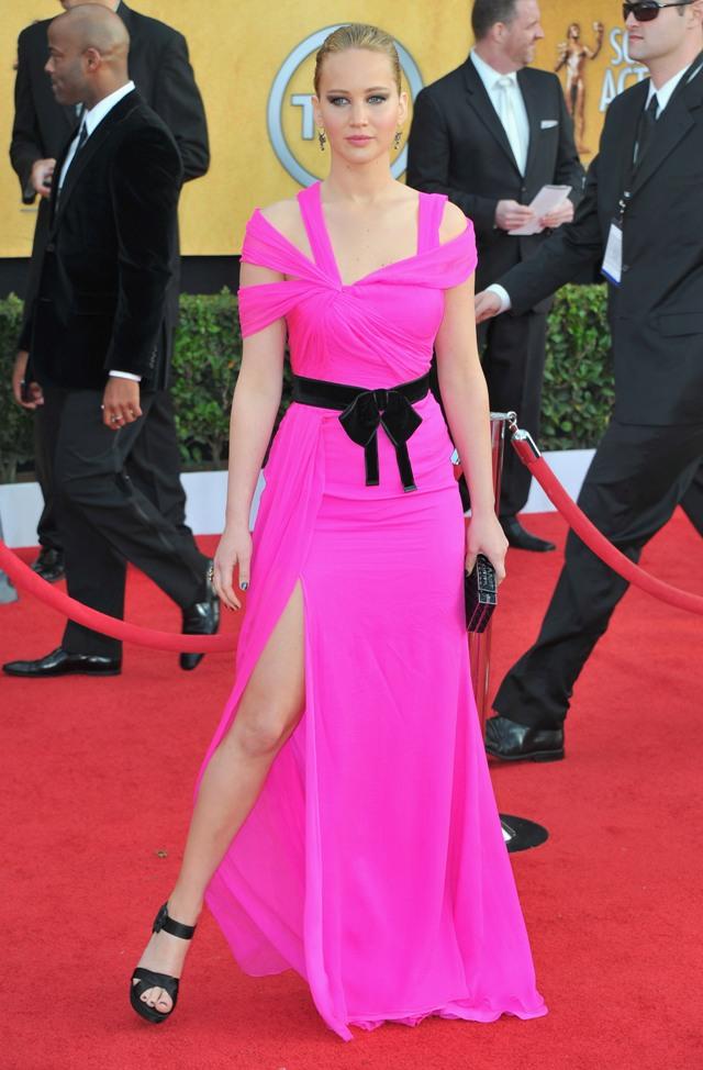 Jennifer Lawrence Leggings Pics