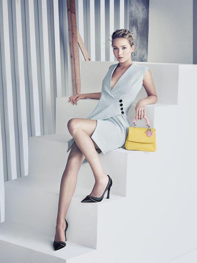 Jennifer Lawrence Legs Photos