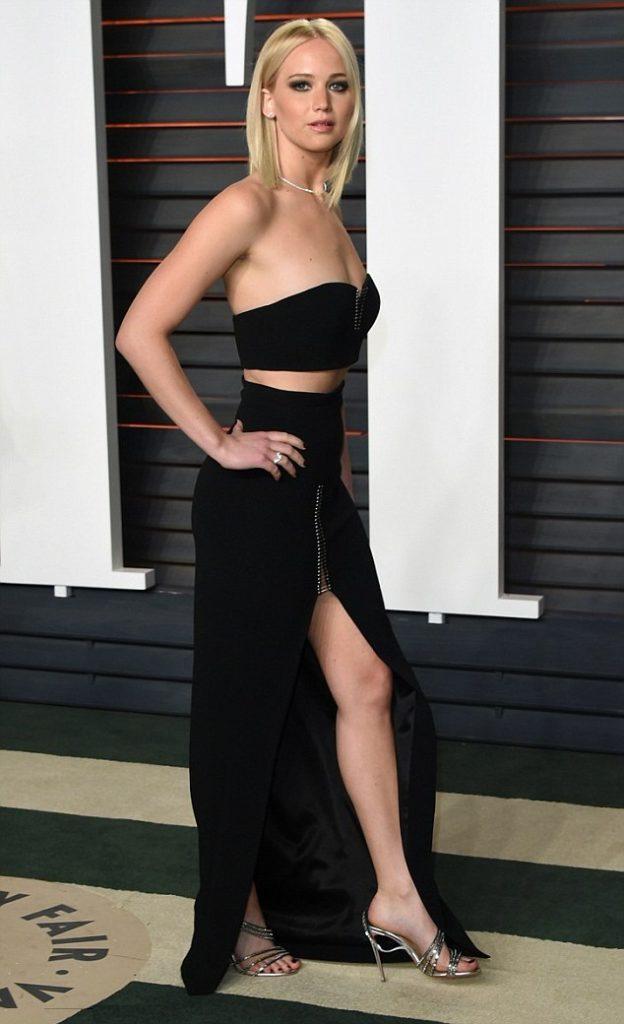 Jennifer Lawrence Lingerie Pictures