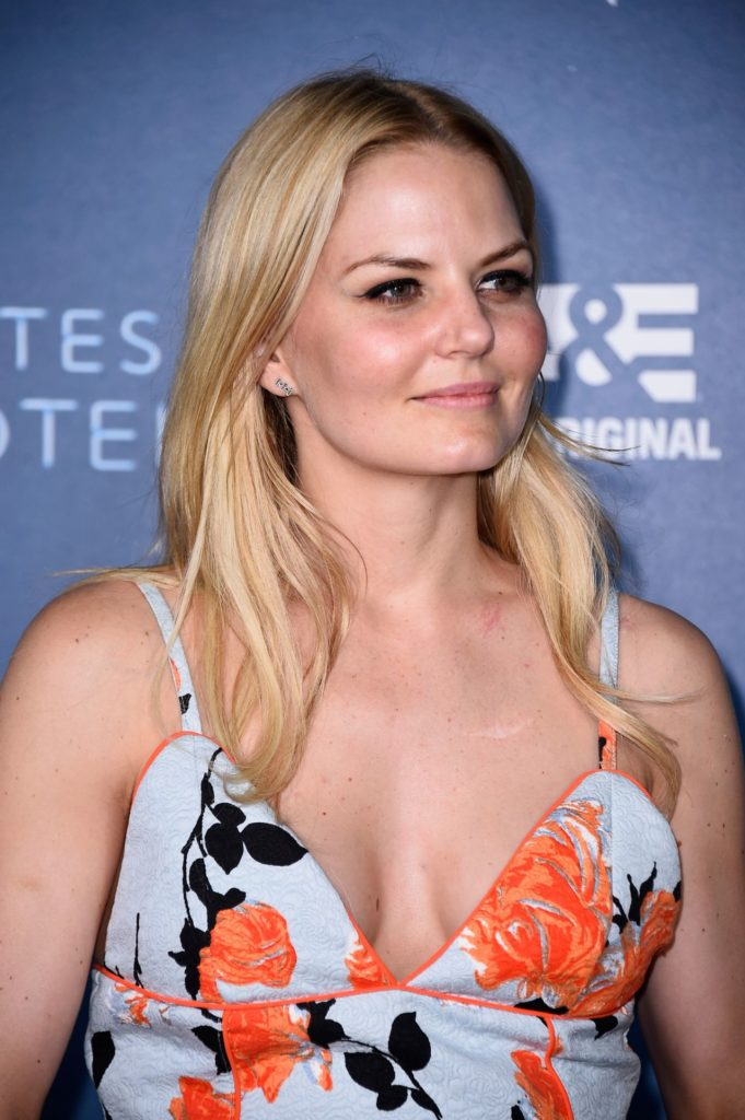 Jennifer Morrison Topless Pictures