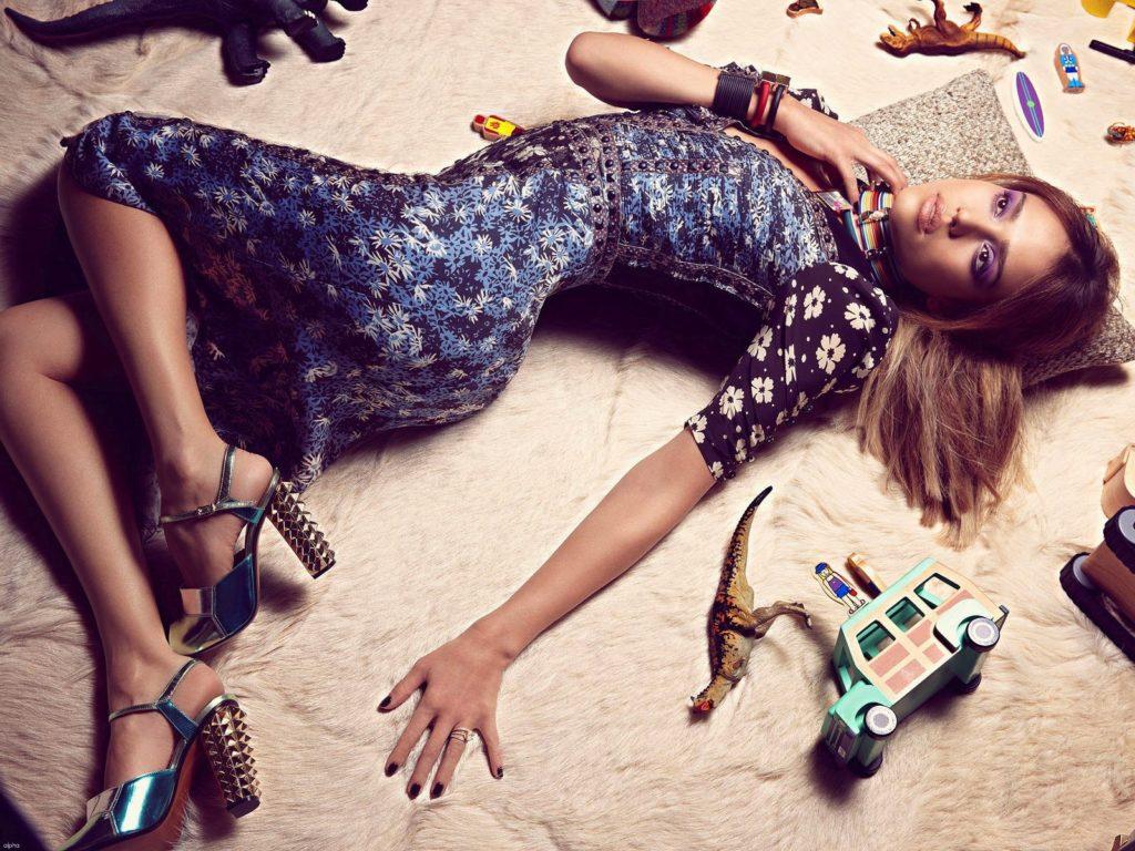 Jessica Alba Feet Pictures