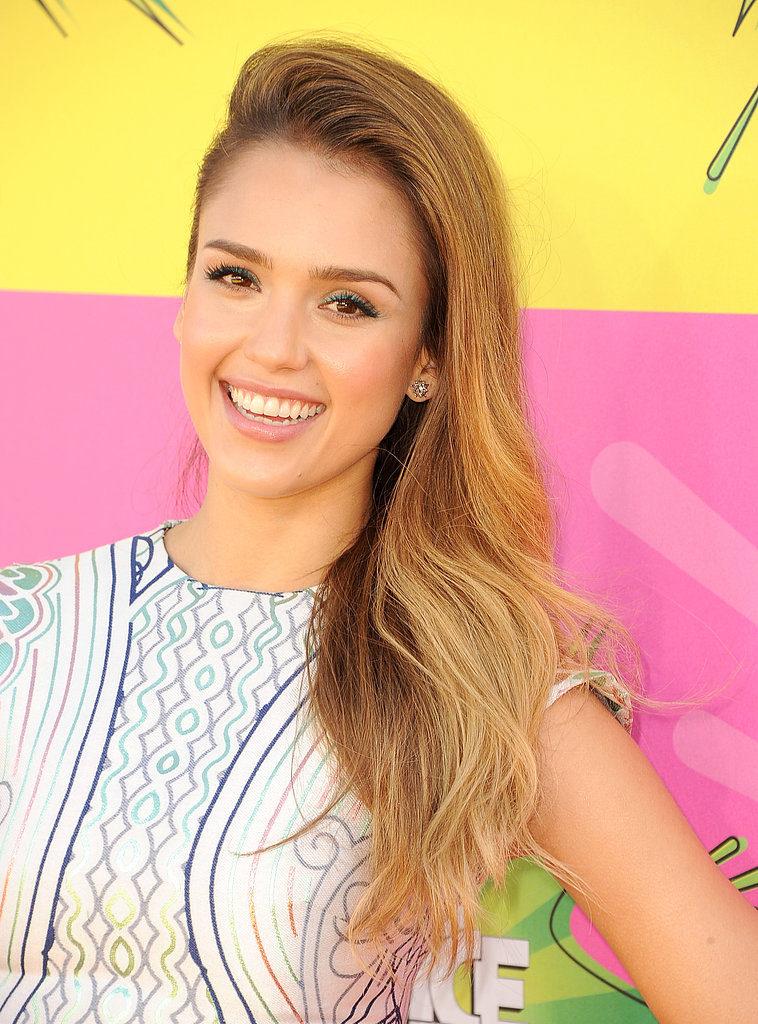 Jessica Alba Smile Pics
