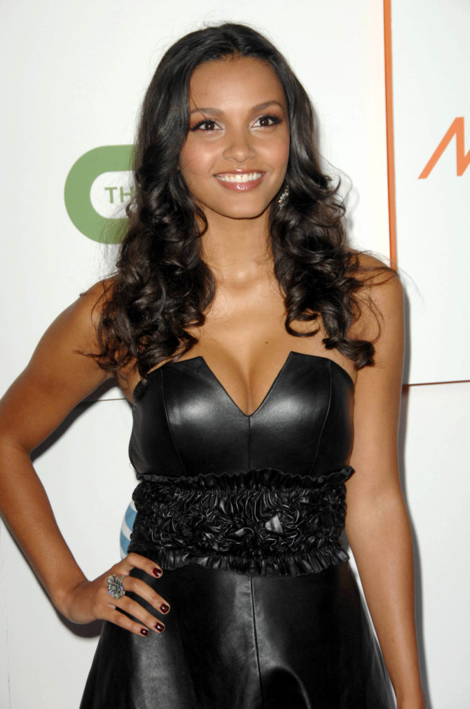 Jessica Lucas Topless Images