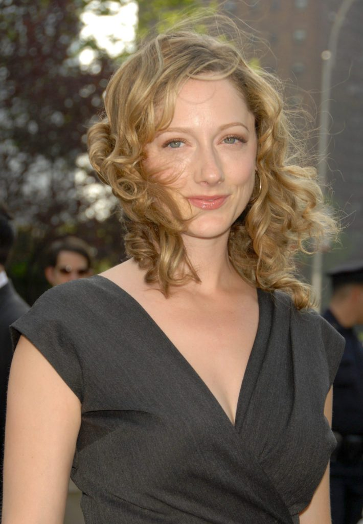 Judy Greer Pants Pictures
