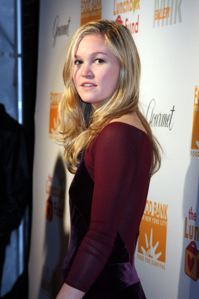 Julia Stiles Hot Images