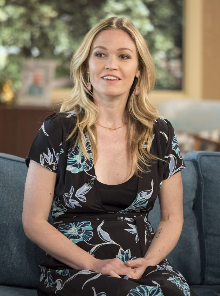 Julia Stiles Leaked Images