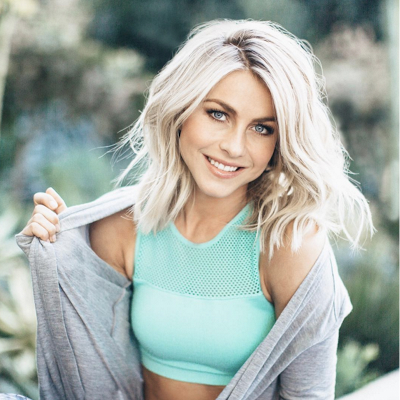 Julianne Hough Bra Images