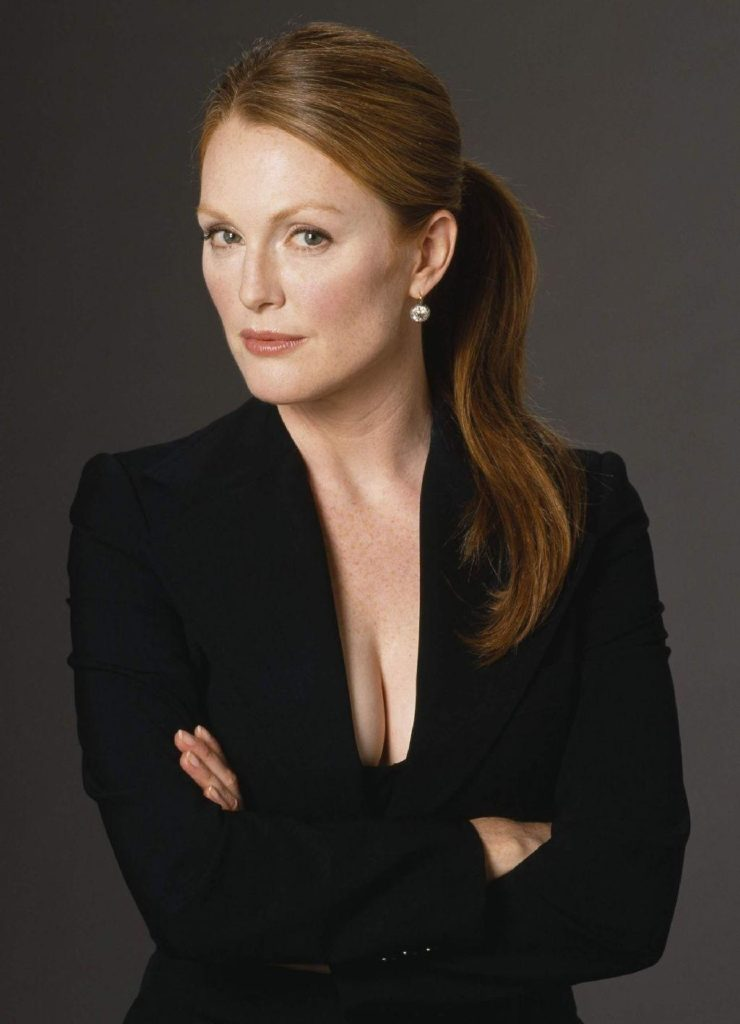 Julianne Moore Leaked Images