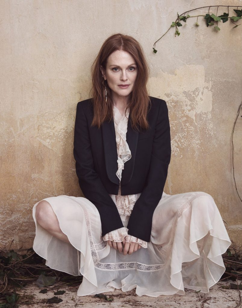 Julianne Moore Oops Moment Pictures