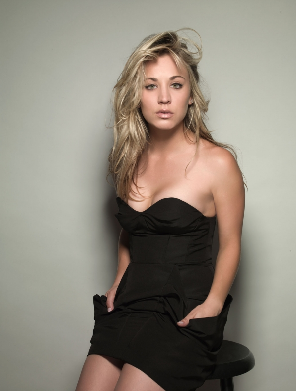 Kaley Cuoco Leaked Images
