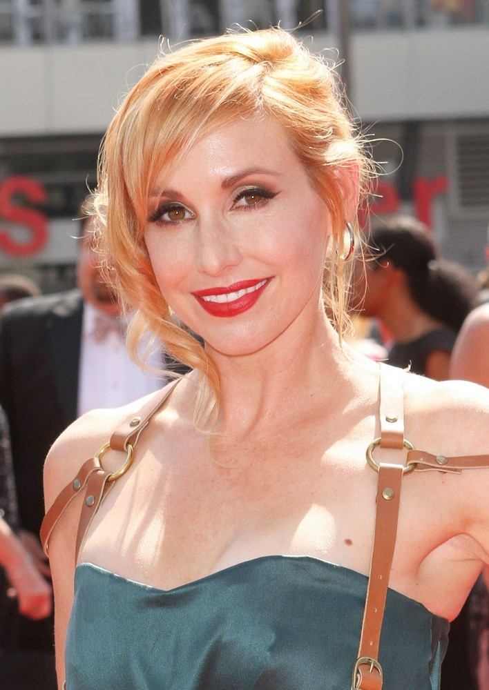 Kari Byron Boobs Photos