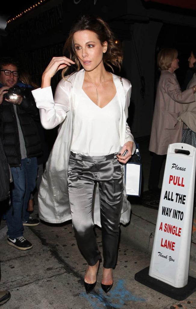 Kate Beckinsale Jeans Photos