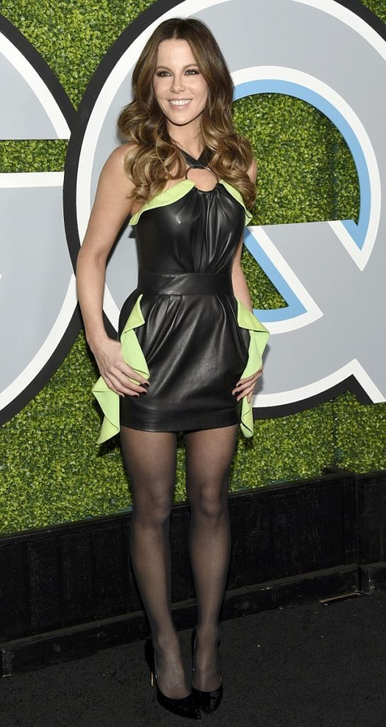 Kate Beckinsale Lingerie Pics