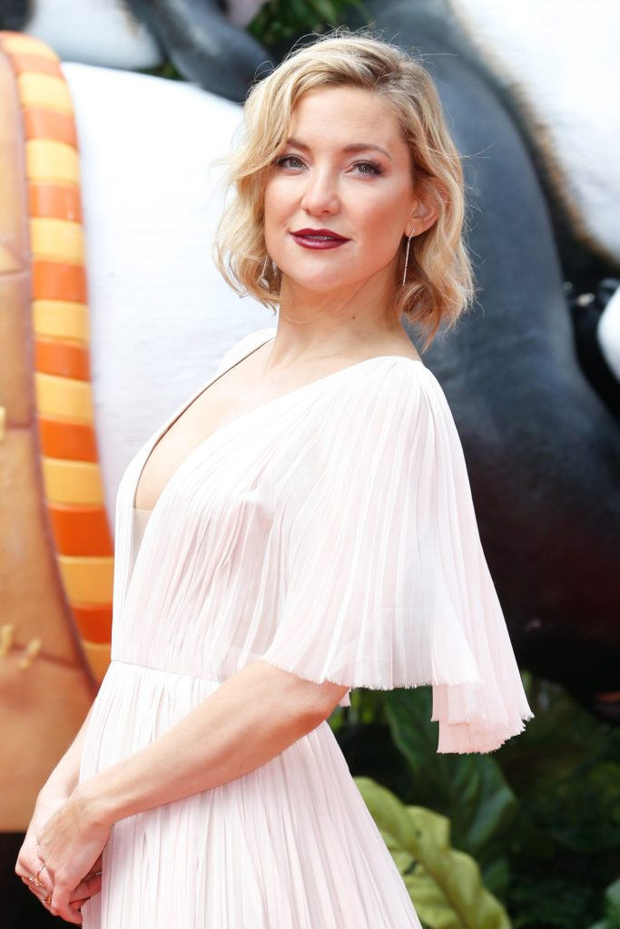 Kate Hudson Short Hair Wallpapers