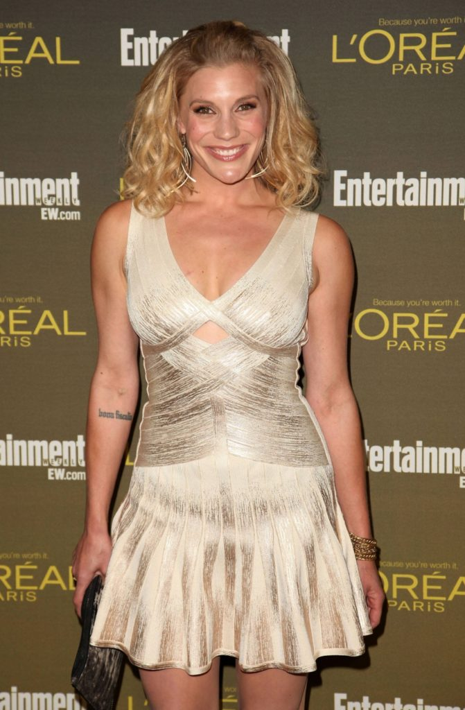 Katee Sackhoff Thigh Images