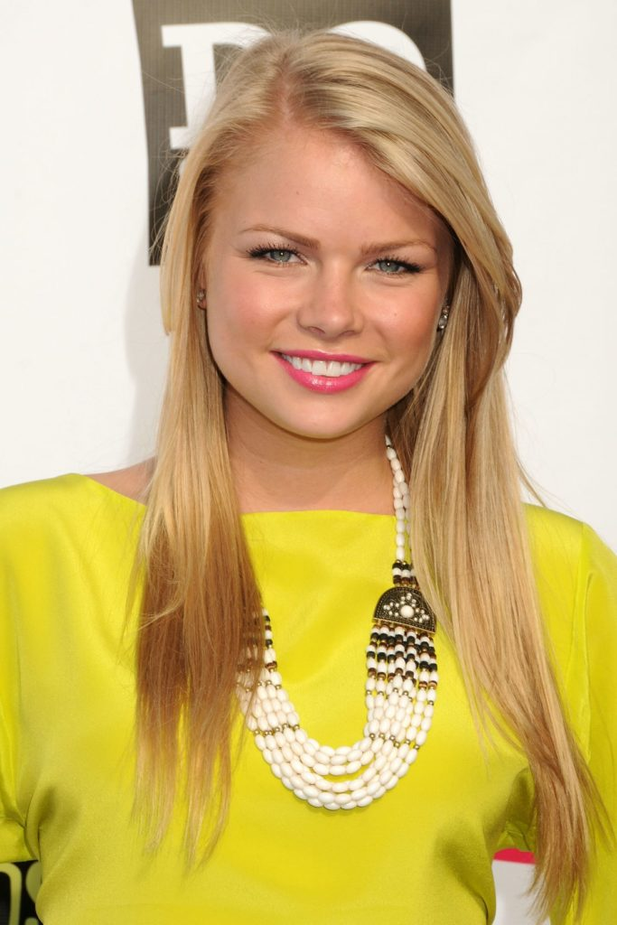 Kelli Goss Smile Face Pictures