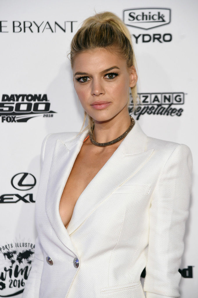 Kelly Rohrbach Event Images