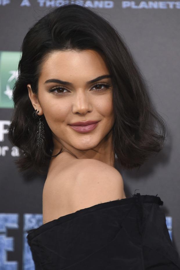 Kendall Jenner Short Hair Pics