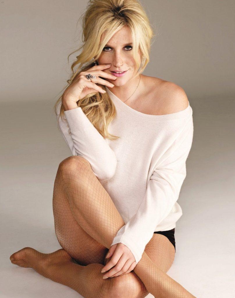 Kesha Bikini Pics