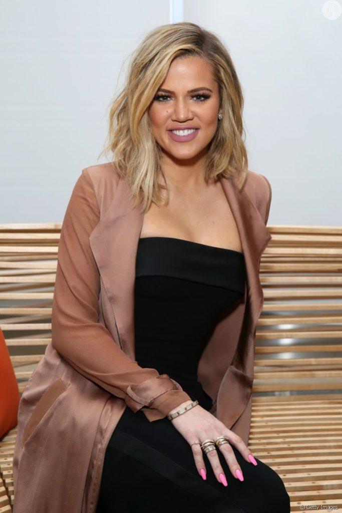 Khloe Kardashian Pants Photos