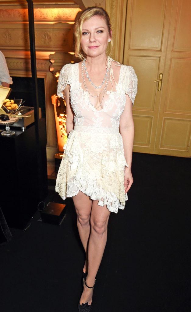 Kirsten Dunst Legs Images